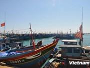 越南海洋医学学院赠送远洋捕捞渔民3万个药箱