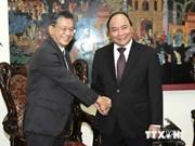越南政府副总理阮春福会见日本驻越南大使