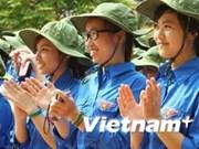 河内市青年志愿者积极参加升龙——河内文化历史宣传活动