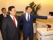 越南政府总理阮晋勇与各国领导人举行双边会晤