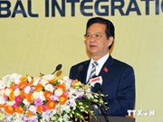 阮晋勇总理出席东部地区公共行政组织2014年全体会议