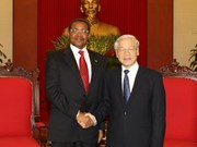 越共中央总书记阮富仲会见坦桑尼亚总统、革命党主席贾卡亚