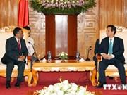 阮晋勇总理会见亚洲及大洋洲信息产业组织代表团