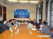 越南与意大利国防企业加大合作力度