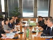 越南中央司法改革指委会代表团访问意大利