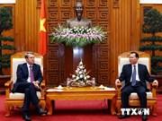 越南政府副总理会见意大利外交与国际合作部副部长