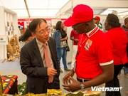 安哥拉万博省希望与越南加强合作
