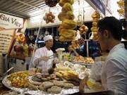 胡志明市举行的各国美食节颇受游客欢迎