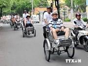 越南政府颁发发展旅游各项措施的决议