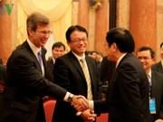 越南国家主席会见出席第四届东盟首席法官环境圆桌会议的东盟各国代表团