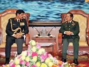 越南人民军总参谋长会见印度陆军司令代表团