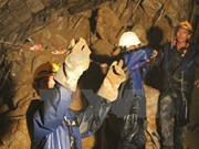 越南水电工程隧道坍塌事故:黄忠海副总理赴现场指导抢险救援工作