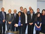 大力推动东盟各国与挪威科技领域合作