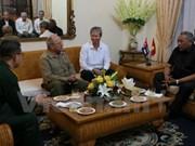 古巴革命武装力量部部长高度评价越南革新开放经验