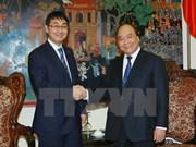 越南政府副总理会见日本众议院外交事务委员会原主席