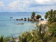 越南坚江省富国玉岛大力吸引外国游客