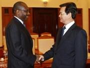 阮晋勇总理会见国际电信联盟秘书长