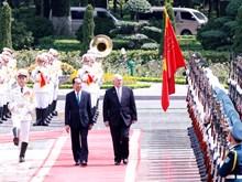 越南国家主席陈大光为澳大利亚总督彼得•科斯格罗夫举行隆重欢迎仪式(组图)