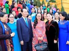 国家主席陈大光会见第十四届国会女代表(组图)