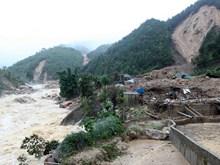 特大暴雨和洪水给各省造成重大损失(组图)