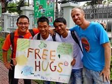 越南响应2018年自由拥抱运动(组图)
