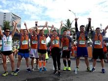 2017第五届岘港国际马拉松赛吸引5000余名运动员参赛(组图)