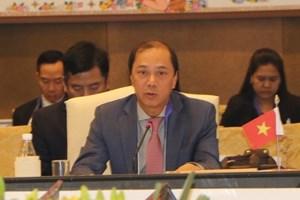 越南外交部副部长阮国勇出席东盟高官会