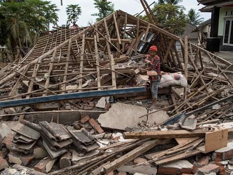印尼龙目岛东北以北发生7.2级地震